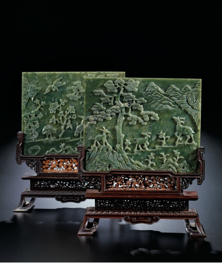 A FINE PAIR OF SPINACH-GREEN JADE 'DEER AND CRANES' TABLE SC